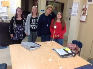 7th Grade students winning marshmallow challenge structure